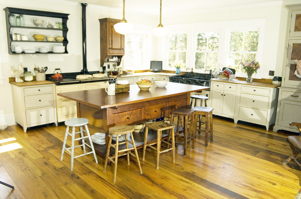 The Client Wanted A David T Smith Kitchen But Was Concerned About The Cost And Hassle Of Doing A Handmade Kitchen Long